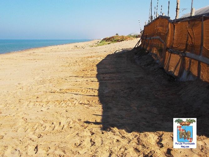 http://www.ragusanews.com//immagini_articoli/21-06-2017/ripulito-litorale-macconi-dopo-denuncia-produttori-500.jpg