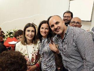 https://www.ragusanews.com//immagini_articoli/21-06-2018/claudia-koll-rosolini-racconto-conversione-240.jpg