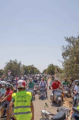 https://www.ragusanews.com//immagini_articoli/21-06-2019/i-vespi-siciliani-grand-tour-500.jpg