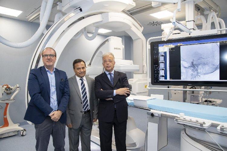 https://www.ragusanews.com//immagini_articoli/21-06-2019/in-neuroradiologia-angiografo-biplanare-500.jpg