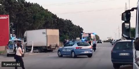 https://www.ragusanews.com//immagini_articoli/21-06-2019/incidente-mortale-ragusa-muore-motociclista-240.png