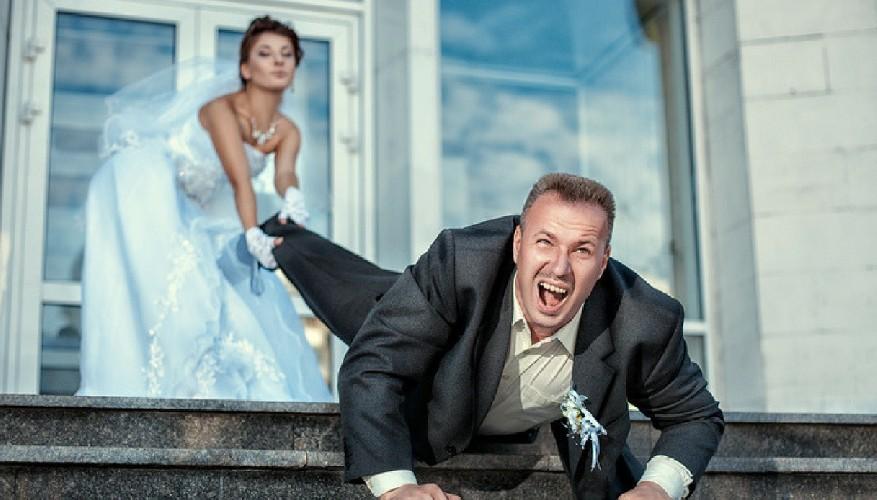 https://www.ragusanews.com//immagini_articoli/21-06-2021/catanese-fugge-dalla-moglie-e-chiede-riparo-ai-carabinieri-500.jpg