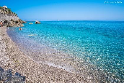 https://www.ragusanews.com//immagini_articoli/21-06-2021/sapore-di-sale-gino-paoli-nacque-in-sicilia-a-capo-d-orlando-280.jpg