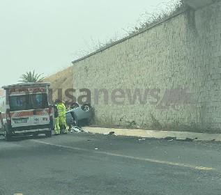 https://www.ragusanews.com//immagini_articoli/21-06-2021/si-ribalta-panda-in-autostrada-due-feriti-280.jpg