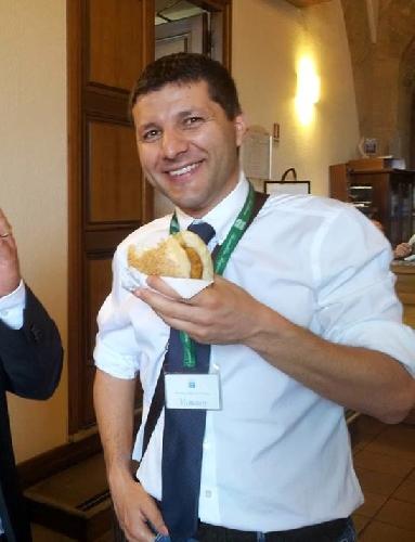 http://www.ragusanews.com//immagini_articoli/21-07-2014/anche-il-sindaco-di-ragusa-piccitto-espulso-dal-meetup-5-stelle-500.jpg