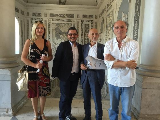 http://www.ragusanews.com//immagini_articoli/21-07-2016/cinema-di-frontiera-un-ponte-fra-cuba-e-la-sicilia-420.jpg