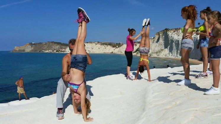 http://www.ragusanews.com//immagini_articoli/21-07-2016/sport-e-fitness-al-porto-di-marina-420.jpg