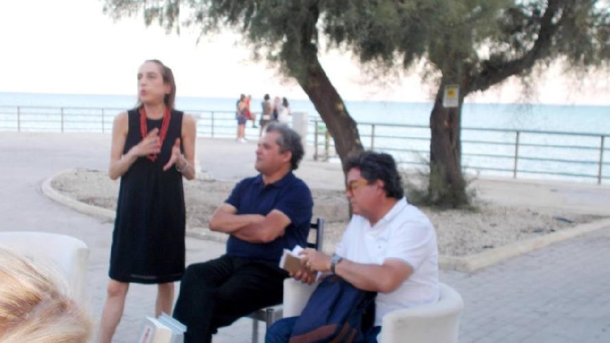http://www.ragusanews.com//immagini_articoli/21-07-2017/mediterraneo-oltre-jihad-libro-500.jpg