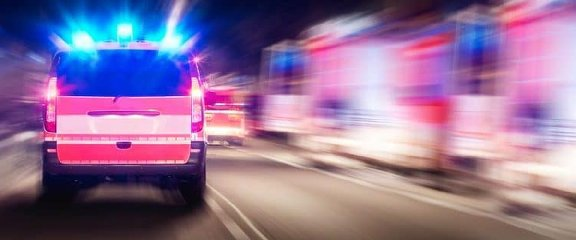 https://www.ragusanews.com//immagini_articoli/21-07-2019/un-morto-e-sette-feriti-a-catania-in-un-incidente-ci-sono-bambini-240.jpg