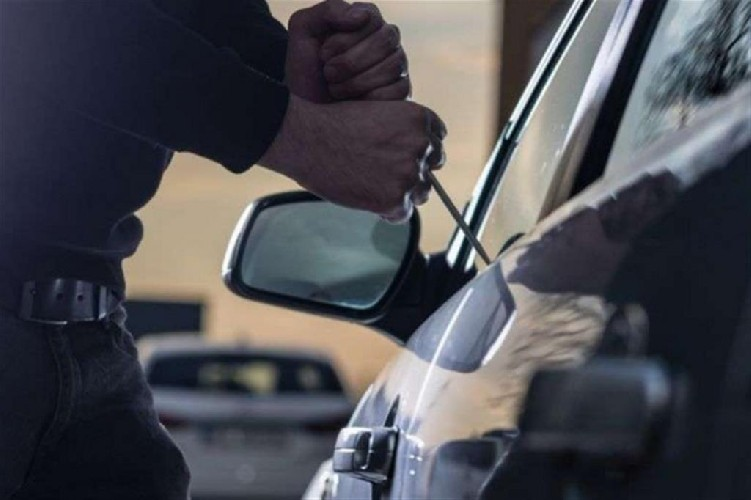 https://www.ragusanews.com//immagini_articoli/21-07-2020/furto-d-auto-arrestati-i-ladri-500.jpg