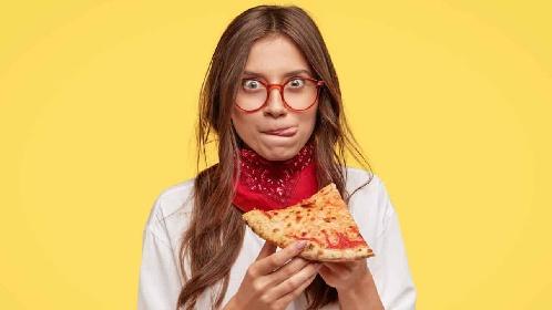 https://www.ragusanews.com//immagini_articoli/21-07-2021/dieta-e-carboidrati-a-che-ora-mangiarli-280.jpg