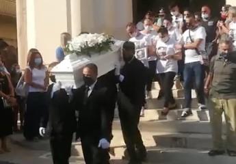 https://www.ragusanews.com//immagini_articoli/21-08-2020/evan-giulio-una-morte-240.jpg