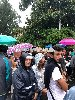 https://www.ragusanews.com//immagini_articoli/21-09-2019/centinaia-di-persone-davanti-casa-battiato-cantano-la-cura-video-100.jpg
