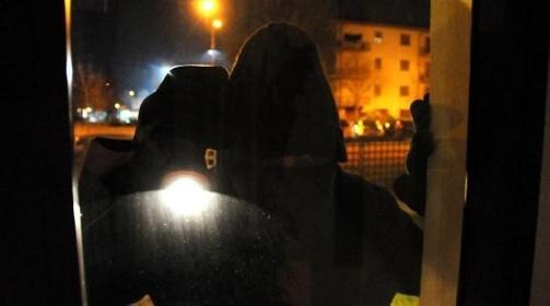 https://www.ragusanews.com//immagini_articoli/21-09-2021/chiaramonte-arrestato-ladro-minorenne-280.jpg