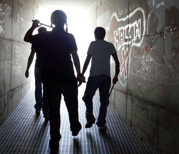 https://www.ragusanews.com//immagini_articoli/21-09-2021/covid-e-usura-siciliani-vittime-degli-strozzini-500.jpg