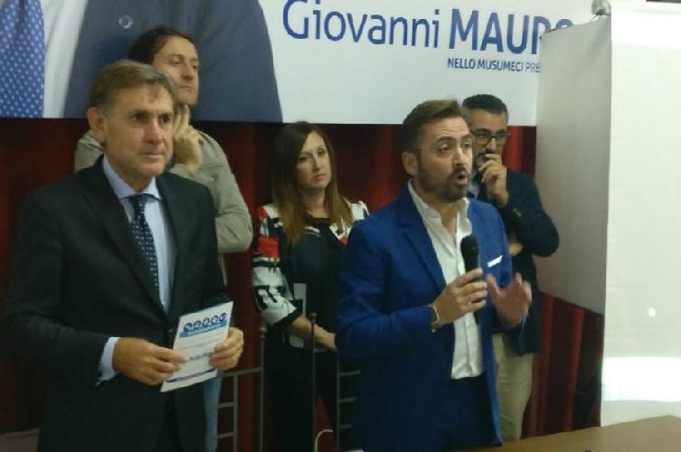 http://www.ragusanews.com//immagini_articoli/21-10-2017/inaugurato-pedalino-comitato-elettorale-giovanni-mauro-500.jpg