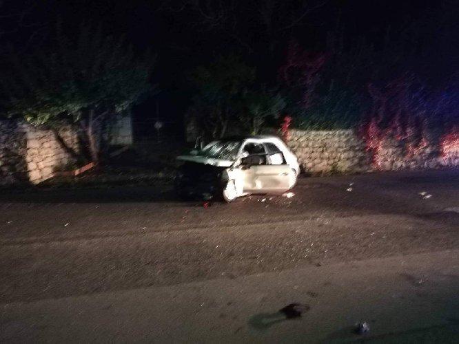 https://www.ragusanews.com//immagini_articoli/21-10-2018/ragazze-ferite-incidente-frigintini-soccorse-catania-500.jpg