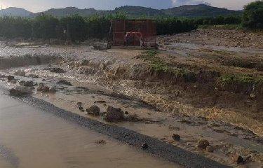 https://www.ragusanews.com//immagini_articoli/21-10-2018/regione-euro-zone-alluvionate-catanese-240.jpg