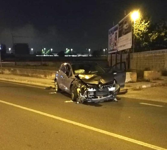 https://www.ragusanews.com//immagini_articoli/21-10-2019/incidente-in-via-cartia-a-ragusa-un-incrocio-pericoloso-500.jpg