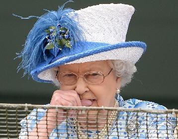 https://www.ragusanews.com//immagini_articoli/21-10-2021/regina-elisabetta-rifiuta-premio-anziana-dell-anno-non-mi-sento-anziana-280.jpg