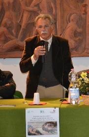 https://www.ragusanews.com//immagini_articoli/21-10-2021/si-presenta-il-memoir-del-preside-incatasciato-vi-racconto-una-storia-280.jpg