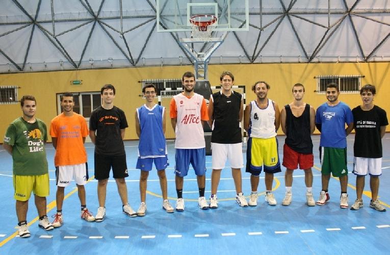 https://www.ragusanews.com//immagini_articoli/21-11-2012/al-via-il-campionato-di-promozione-maschile-di-basket-500.jpg
