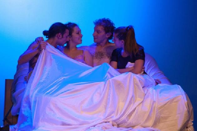 https://www.ragusanews.com//immagini_articoli/21-11-2016/il-girotondo-ultimo-appuntamento-con-il-teatro-dell-erotismo-420.jpg