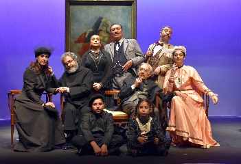 http://www.ragusanews.com//immagini_articoli/21-11-2017/cavaliere-pedagna-teatro-garibaldi-modica-240.jpg