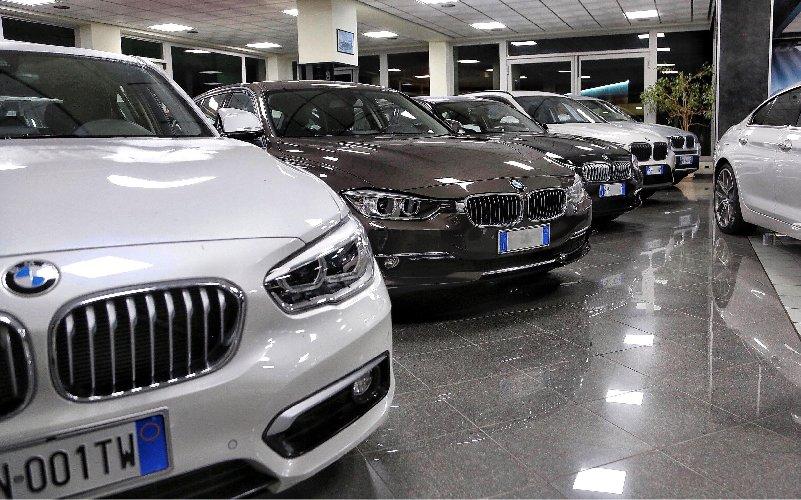 https://www.ragusanews.com//immagini_articoli/21-11-2018/cerchi-provincia-ragusa-risposta-diraimondo-auto-500.jpg