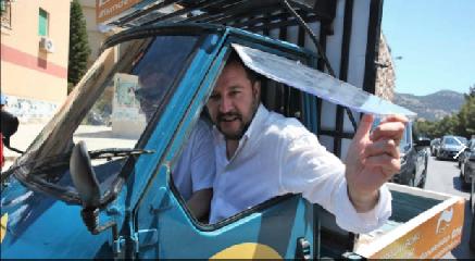 https://www.ragusanews.com//immagini_articoli/21-11-2018/cinema-film-ismaele-preso-giro-salvini-meloni-240.png