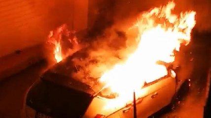 https://www.ragusanews.com//immagini_articoli/21-11-2019/incendiata-l-auto-di-un-attivista-animalista-240.jpg