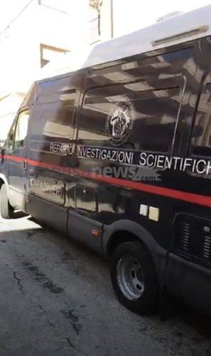 https://www.ragusanews.com//immagini_articoli/21-11-2019/omicidio-peppe-lucifora-i-ris-a-frigintini-indagano-su-auto-e-moto-500.jpg