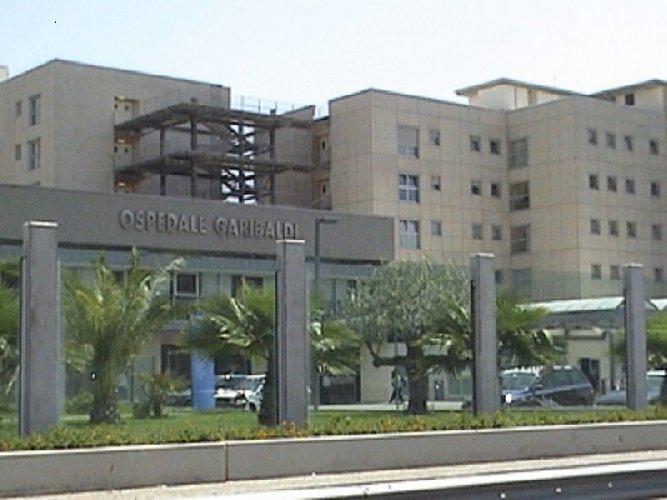 https://www.ragusanews.com//immagini_articoli/21-11-2020/catania-aggredito-direttore-medico-equot;garibaldiequot;-tentano-forzare-area-covid-500.jpg
