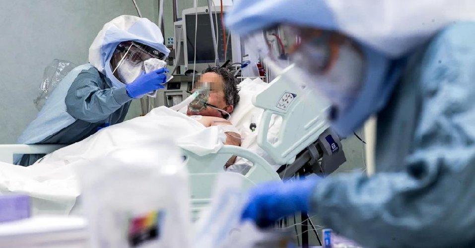 https://www.ragusanews.com//immagini_articoli/21-11-2020/covid-43-morti-in-sicilia-1838-nuovi-positivi-56-contagi-a-ragusa-500.jpg