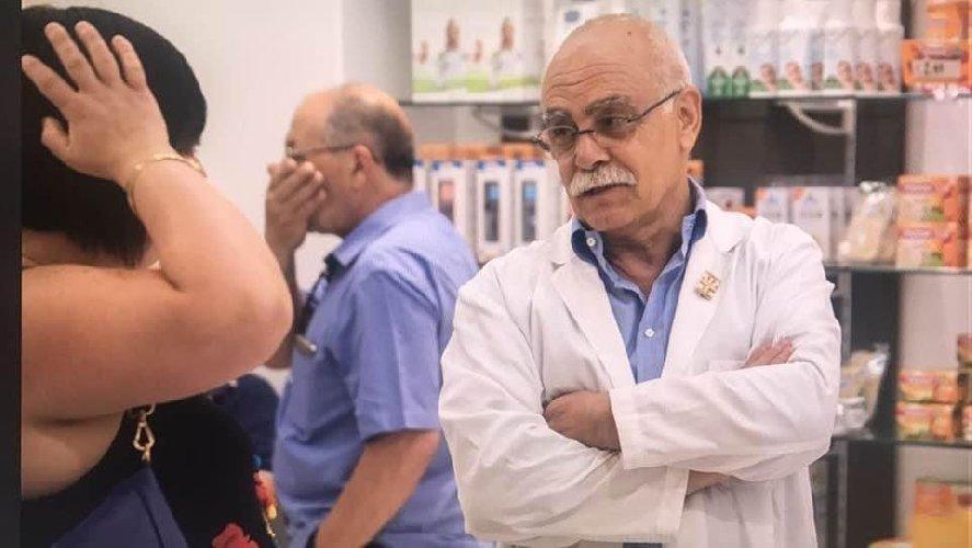 https://www.ragusanews.com//immagini_articoli/21-11-2020/vittoria-piange-scomparsa-farmacista-rosario-guastella-morto-covid-500.jpg