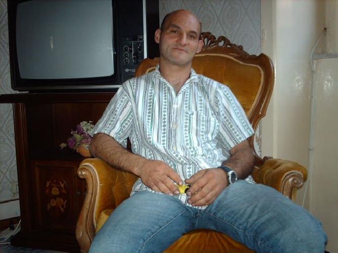 https://www.ragusanews.com//immagini_articoli/21-12-2012/uxoricidio-20-anni-di-carcere-per-massimo-la-terra-500.jpg