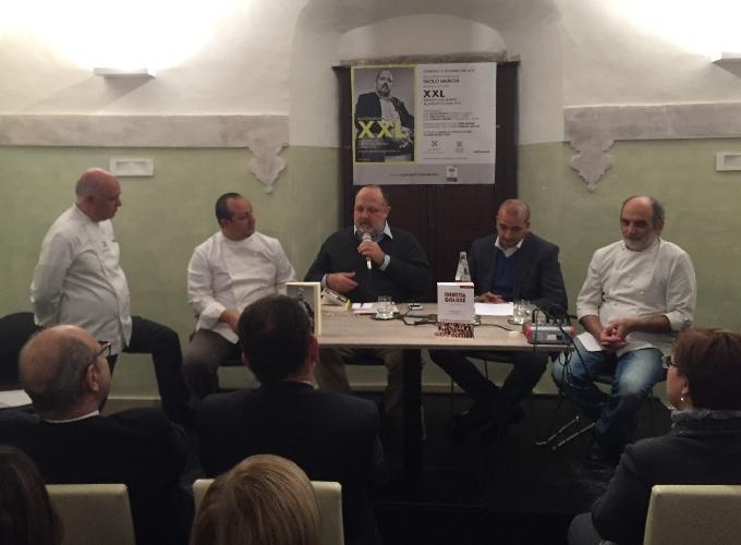 https://www.ragusanews.com//immagini_articoli/21-12-2014/cucina-ragusa-lo-chef-e-un-po--prete-500.jpg