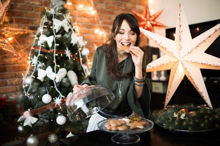https://www.ragusanews.com//immagini_articoli/21-12-2020/come-bruciare-grassi-prima-delle-feste-di-natale-500.jpg