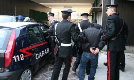 https://www.ragusanews.com//immagini_articoli/22-01-2021/blitz-antidroga-13-arresti-a-modica-280.jpg