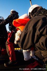 https://www.ragusanews.com//immagini_articoli/22-01-2021/migranti-in-140-su-2-gommoni-neonato-di-un-mese-salvato-dal-naufragio-280.jpg