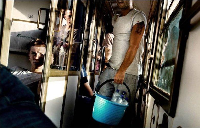 https://www.ragusanews.com//immagini_articoli/22-02-2018/guasto-treno-sicilia-roma-fermi-calabria-500.jpg