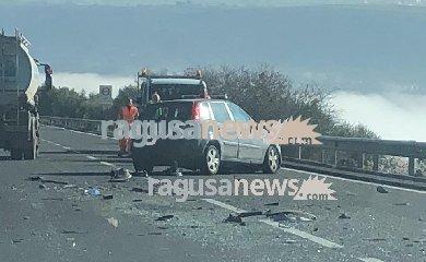 https://www.ragusanews.com//immagini_articoli/22-02-2019/incidente-ragusa-modica-lunghe-code-240.jpg