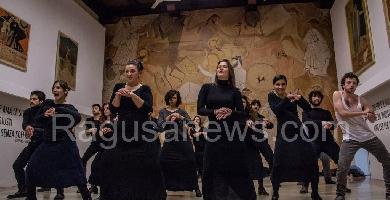 http://www.ragusanews.com//immagini_articoli/22-03-2017/baccanti-scicli-grazie-istituto-dramma-antico-200.jpg