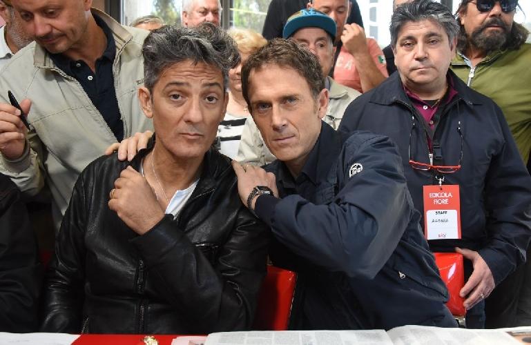 http://www.ragusanews.com//immagini_articoli/22-03-2017/fiorello-locanda-serafino-apre-temporary-milano-500.jpg