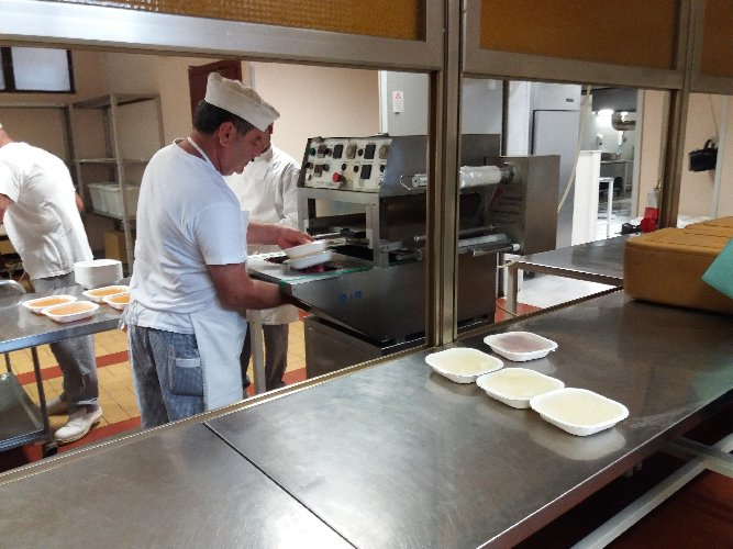 https://www.ragusanews.com//immagini_articoli/22-03-2018/ospedale-modica-inaugura-cucina-500.jpg