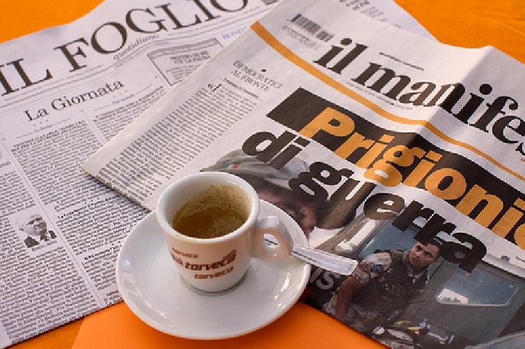 http://www.ragusanews.com//immagini_articoli/22-04-2010/i-nostri-dialoghi-al-bar-la-mattina-davanti-al-caffe-e-al-giornale-cos-altro-ci-potra-stupire-500.jpg
