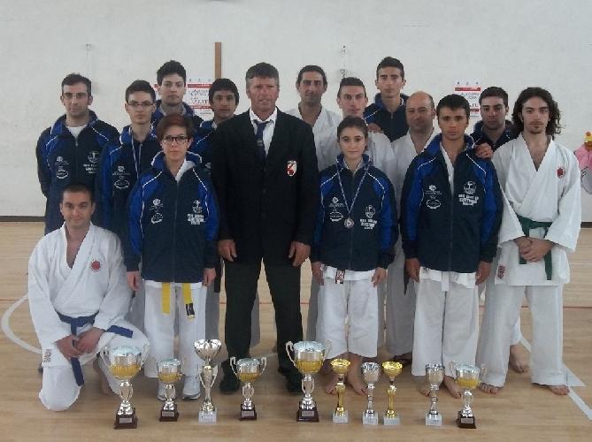 https://www.ragusanews.com//immagini_articoli/22-04-2012/buoni-risultati-del-dojo-karate-do-shotokan-alla-coppa-sicilia-500.jpg