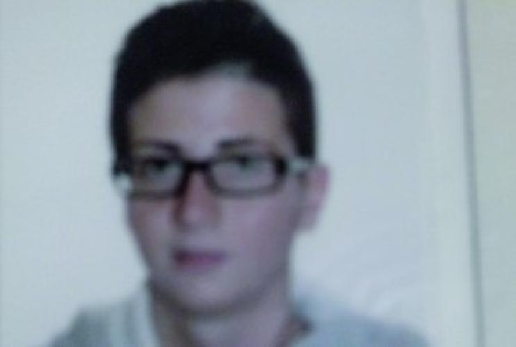 http://www.ragusanews.com//immagini_articoli/22-04-2014/incidente-mortale-perde-la-vita-un-carabiniere-donna-sulla-ragusa-catania-500.jpg