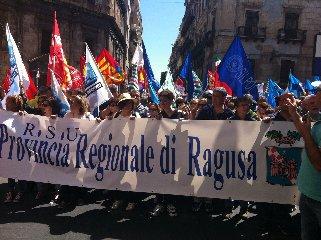 https://www.ragusanews.com//immagini_articoli/22-04-2018/cisl-primo-sindacato-nellex-provincia-ragusa-240.jpg