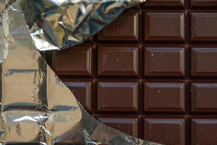 https://www.ragusanews.com//immagini_articoli/22-04-2020/cioccolato-le-proprieta-salutari-dell-alimento-preferito-dei-golosi-500.jpg